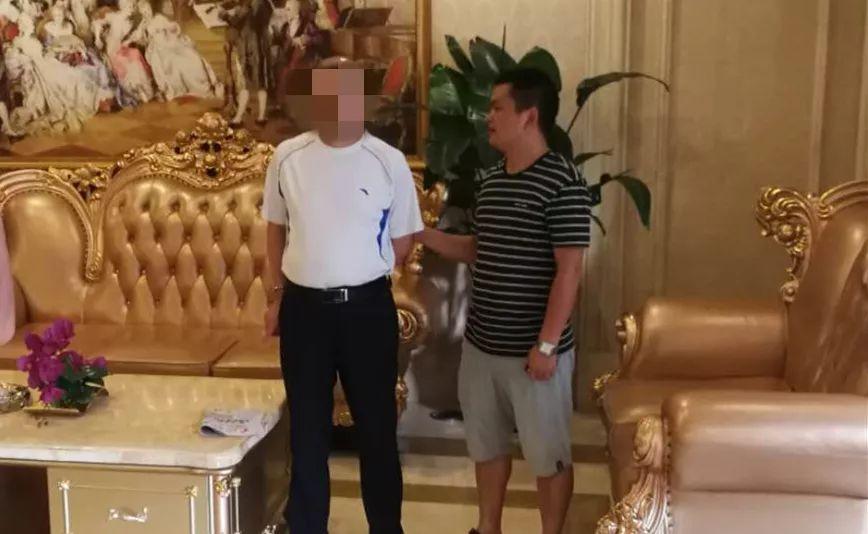 东莞熊孩子踢踹电影荧幕,家长面临十多万赔偿