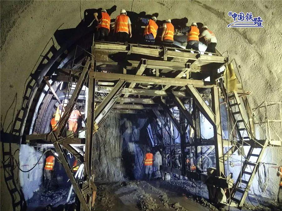 动力煤价易跌难涨 电力股迎利好