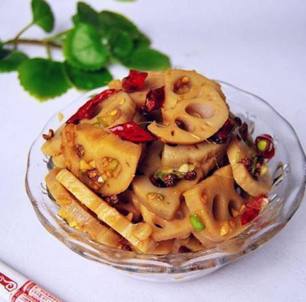 美食推荐:麻辣藕片,三鲜腐竹,腊味合蒸,南瓜杂菌汤