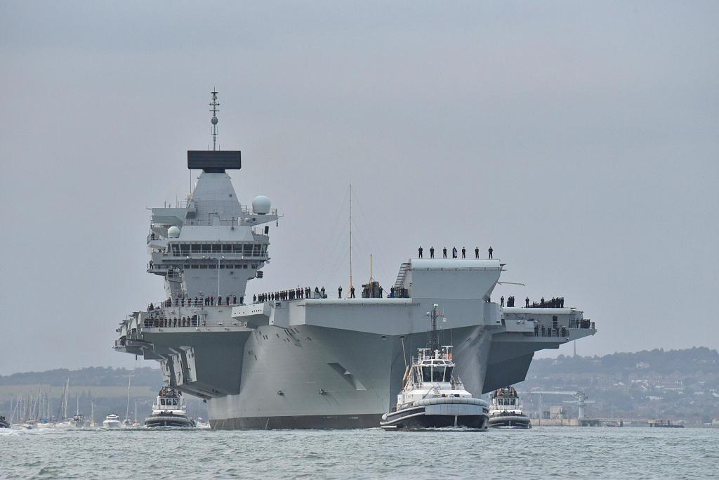 英航母再次漏水船员险溺亡 英军却称只是小问题