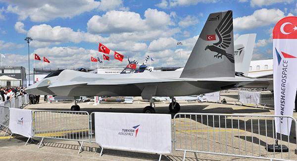 巴黎航展上的土耳其五代机TF-X模型