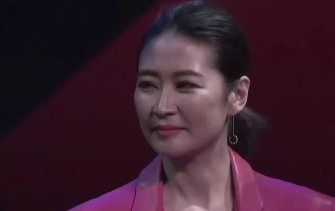 海清发言被嘲了?但她不只为了说中年女演员更便宜
