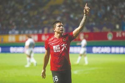 抒写国足历史性的一刻埃尔克森将入选国足世预赛大名单