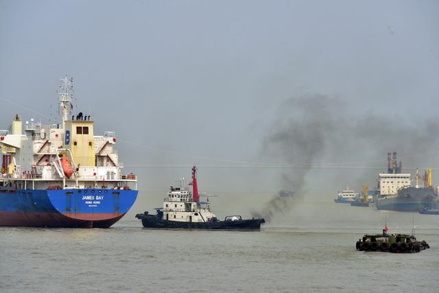"""船舶""""岸电""""补贴政策将至 岸电和低硫油成大势所趋"""