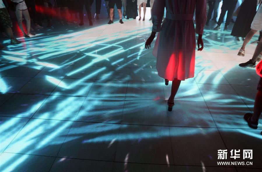 《九宮矩陣》構築音樂光影世界