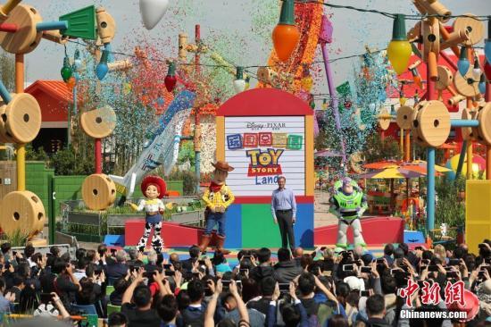 资料图:上海迪士尼。中新社记者 张亨伟 摄