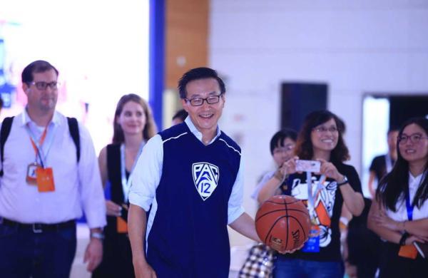 NBA有了首位华裔老板 蔡崇信收购篮网究竟为何