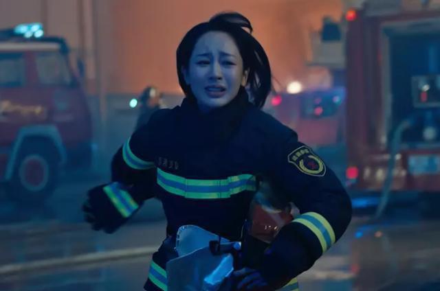 2019年电影、电视剧和综艺凭什么都是杨紫霸屏?