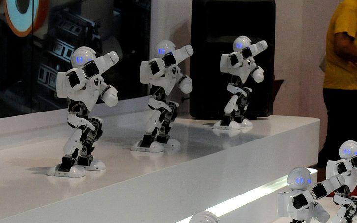 服務型機器人商業化落地越檻 培養生態是最優解