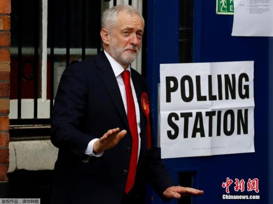 资料图:英国工党领袖科尔宾。