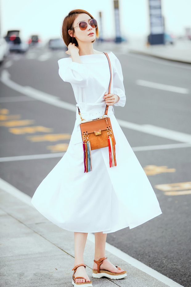 和袁姗姗一起get潮流时尚,穿出自己独特的干练清爽感