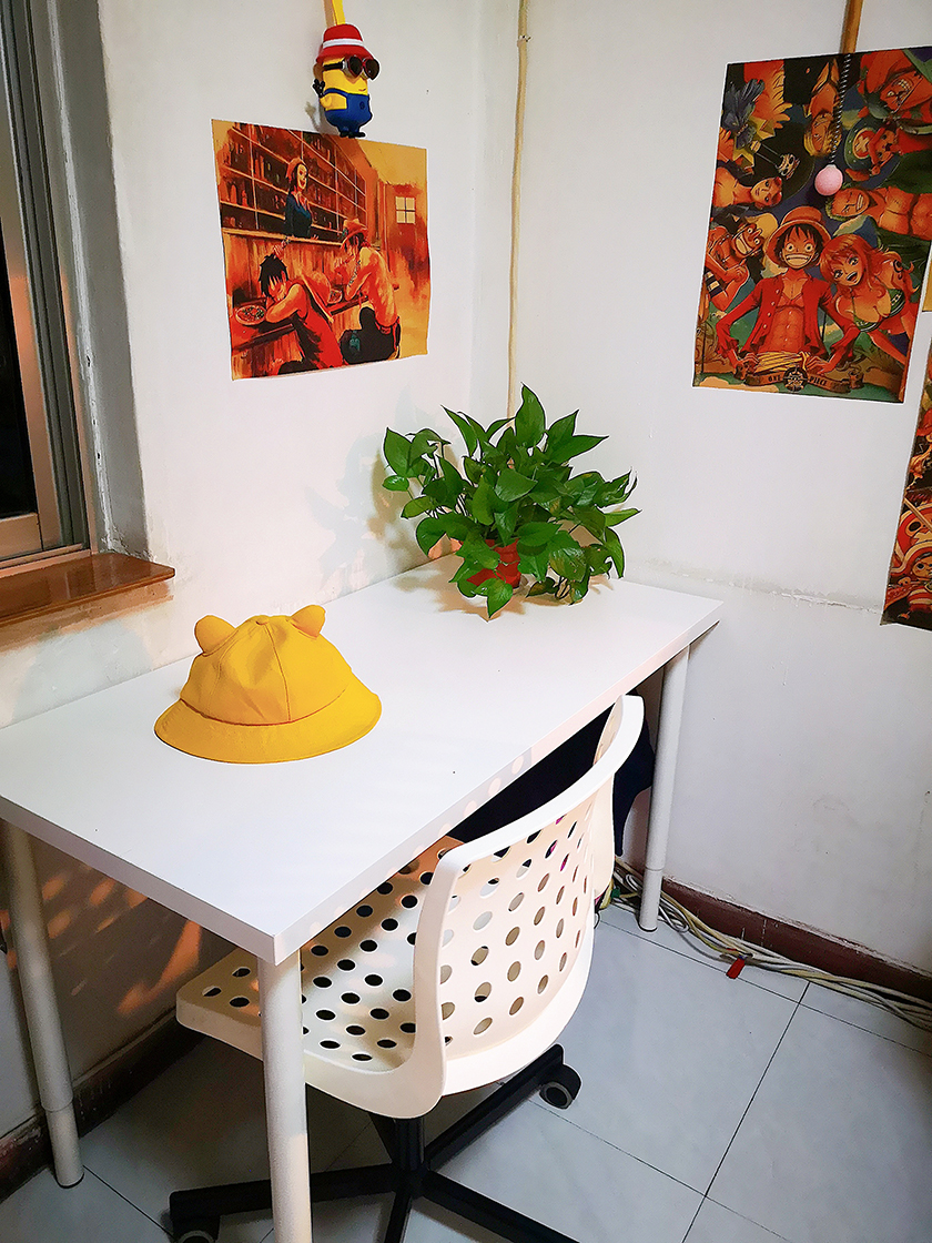 袁文婧的書桌。