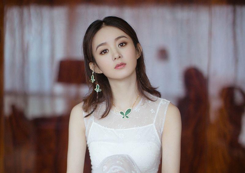 赵丽颖复出和导演郑晓龙合作新戏 这是赶超周迅、孙俪的节奏?