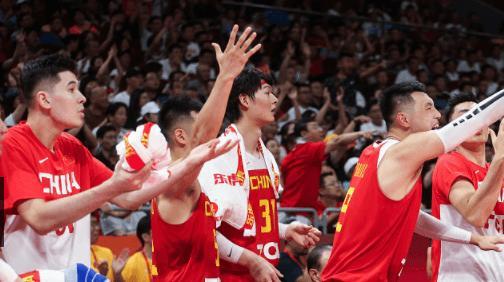 9中6,19中10!对手都在追篮球潮流,再看看中国男篮,承认吧