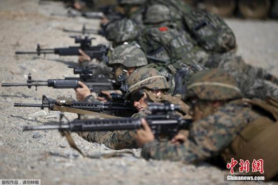 原料图:当地时间2015年3月30日,韩国浦项市,韩美军队举走说合登陆实习。