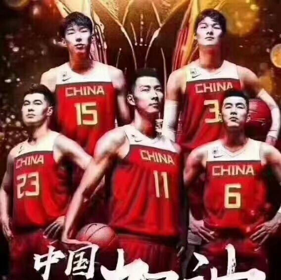 中国男篮惨败,姚明易建联痛哭,刘烨发文称:易建联,你尽力了