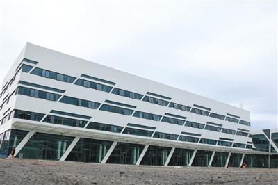 8月12日,建设中的北苑北综相符交通枢纽,现在,已经正式定名为天通苑北综相符交通枢纽。摄影/新京报记者 陈婉婷