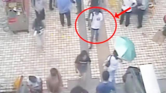 男子地铁忙偷拍被来了解情况的民警抓了现行