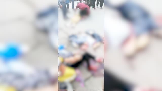 湖南湘潭县一集市突发车祸死伤惨重