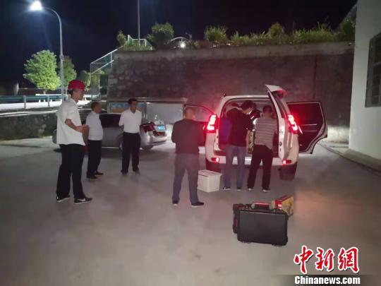 晚间公告热点追踪:复宏汉霖在香港联交所主板上市