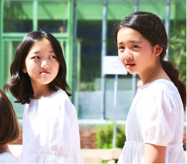黄多多十三岁化妆染发没少女清新被妹妹秒杀,黄磊式教育再惹争议