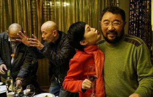 他是著名导演,潘虹、王小丫都是他的前任,今72岁无人陪伴