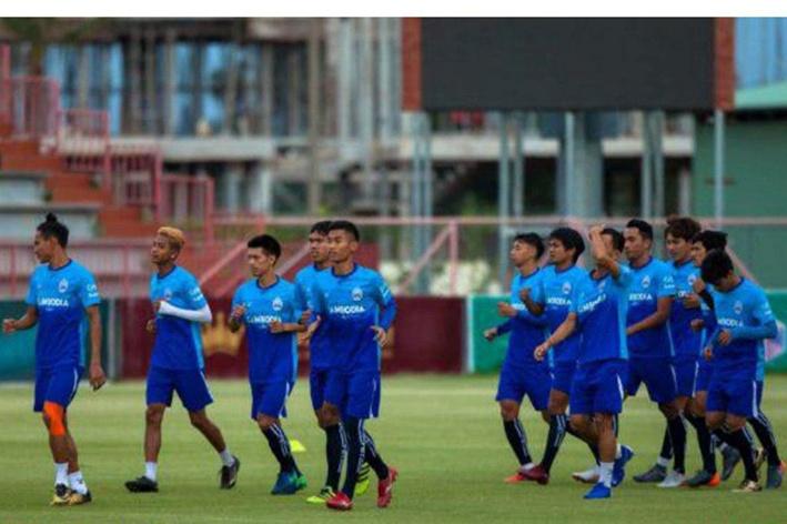 柬埔寨国足闭门训练备战世界杯预选赛,15日主场迎战伊拉克