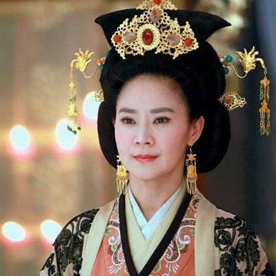 婉君俞小凡被骗获赔1千万,曾原谅出轨丈夫,今儿女双全生活幸福