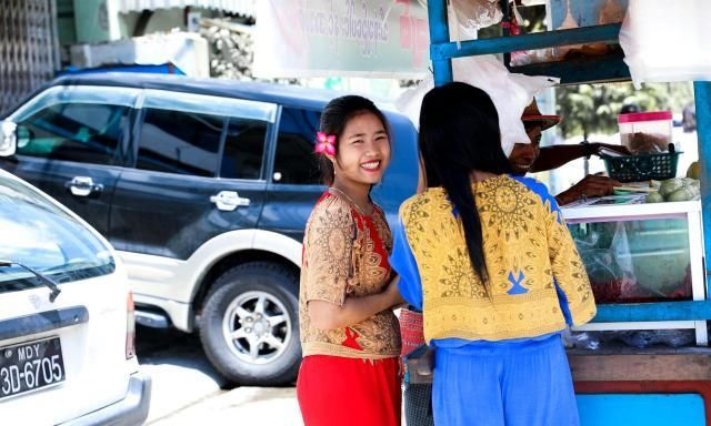 真实的缅甸美女,摄影师镜头下的女性,和我们想象的不一样