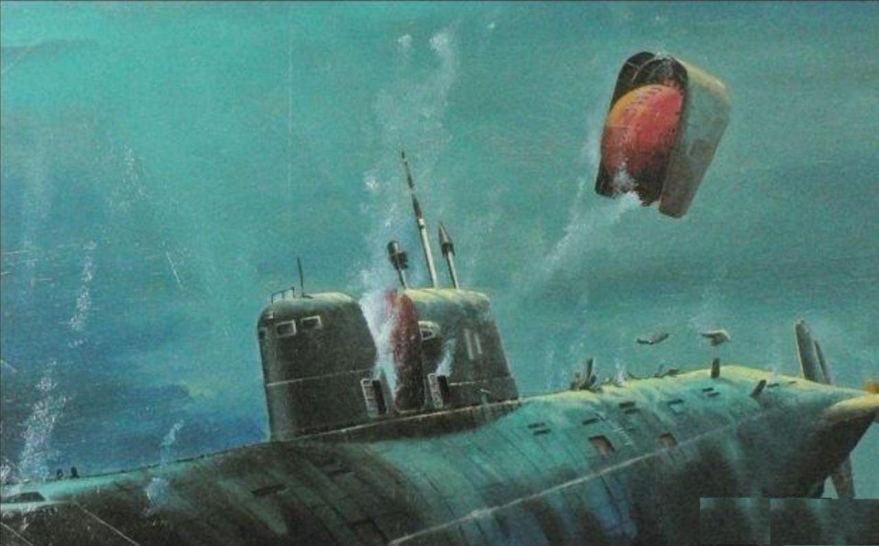 深海世界危机多,潜艇在水下被击毁,官兵该如何逃生,拯救自己?