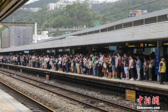 资料图:港铁东铁线。中新社记者 谢光磊 摄