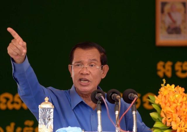 """柬埔寨""""自证清白"""",洪森又郑重宣布:20亿中国武器已在运来路上"""