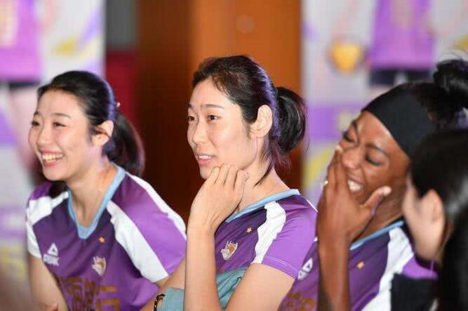 胜劵在握!世俱杯开赛在即,女排4大主力将驰援天津,冠军稳了