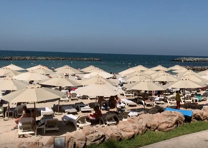 酋长亲自接待国足, 下榻5星酒店配私人海滩, 这下能拿3分了!