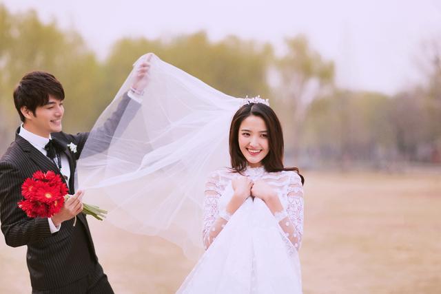 爆料:大理旅拍婚纱照机构排名,为什么【凡咔摄影】高居榜首?