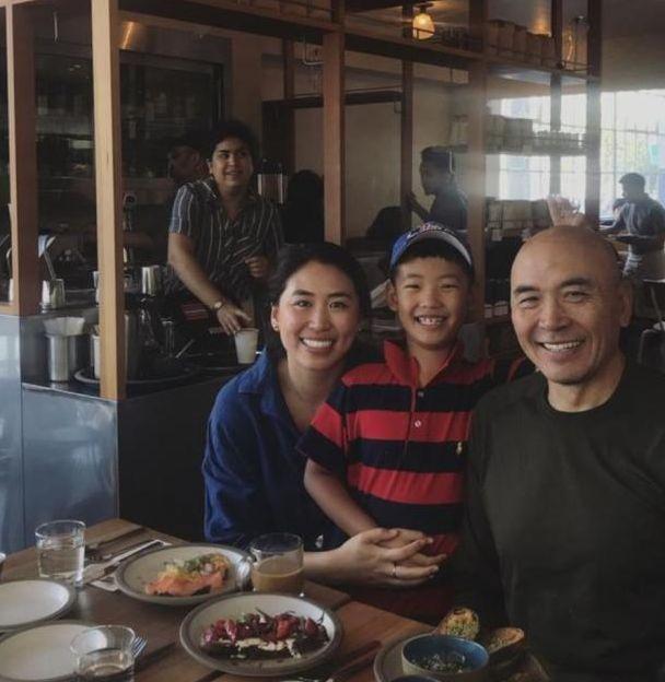 郎平女兒和同父異母弟弟同框!父親蒼老了很多,三人笑得很開心