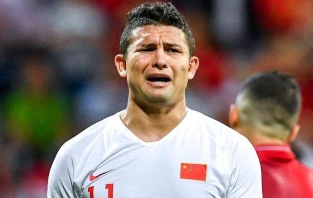 艾克森式悲剧:为圆世界杯梦而接受归化,却为金元足球而献身