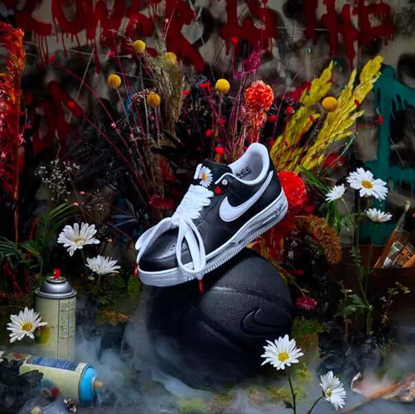 權志龍聯名耐克AF1,全新創意全鞋涂鴉,還未發售已經是天價!