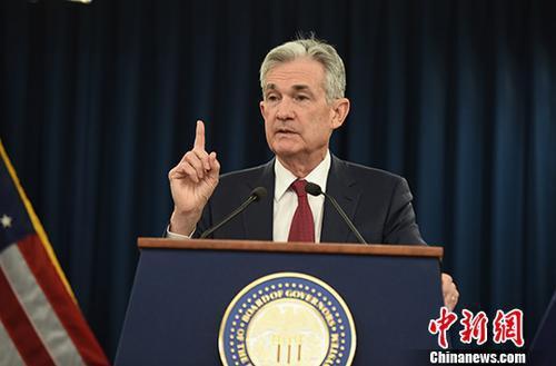 特朗普催促美����行�利率 美�