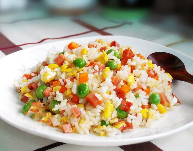 剩米饭不好吃?教你10种炒米饭的做法,剩少了