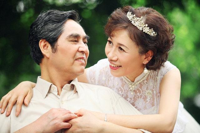 旅拍是什么?巴厘岛旅拍婚纱照只适合年轻人吗?网友:美不分年龄