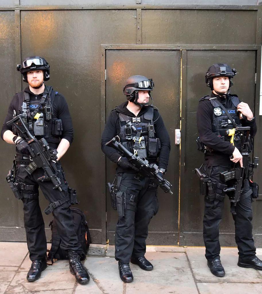 伦敦武装警察。/视觉中国