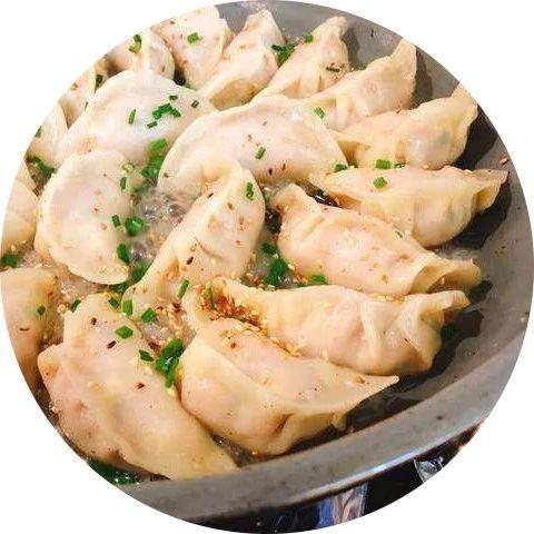 煎饺子,用热油还是凉油,很多人第一步就做错了