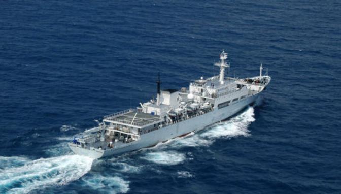 英舰闯入台海