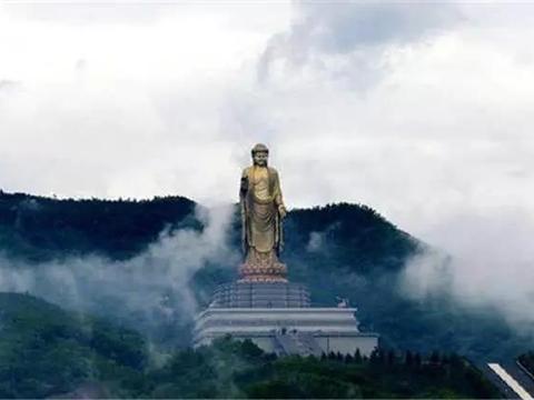 佛泉寺花12亿建天下第一大佛,如今已建12年,为何游客越来越少?