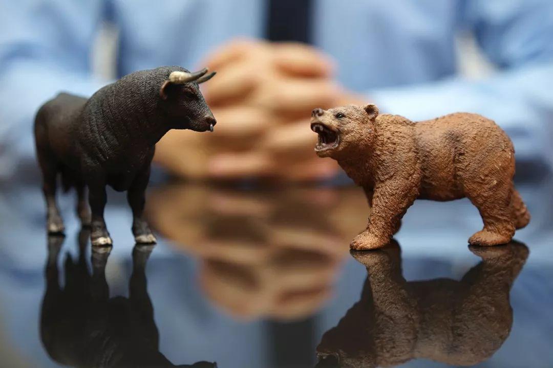 12月26日现货黄金、白银、原油、外汇短线交易策略