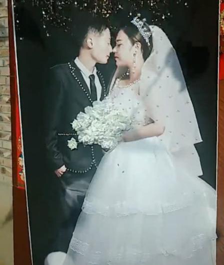 现场300斤新娘和婚纱照90斤,网友:P图师必须加工资