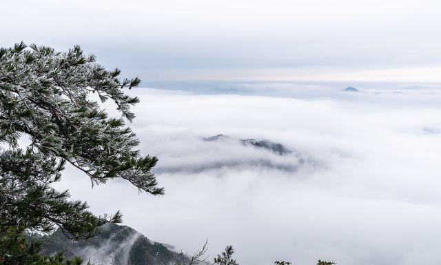 安徽池州:一场雪后,九华山现云海美景