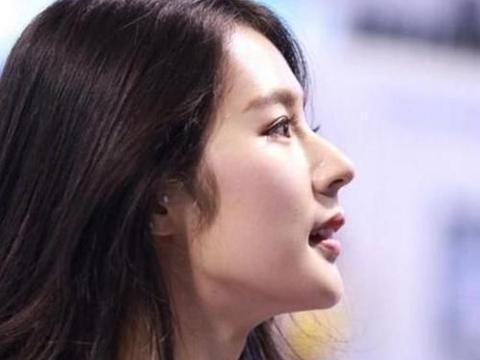 身高176公分,神似刘亦菲而出名,这就是棒球女神朴姬兰