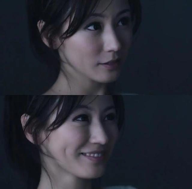 38岁刘心悠素颜照,脸型鼻子和张柏芝很像,身材皮肤都比同龄人好